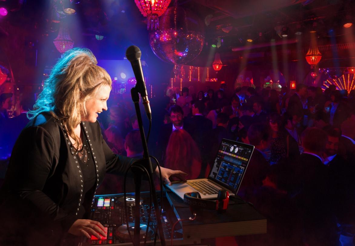 DJ Sonja&Livegesang